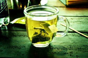 5 Awesome Health Benefits Of Drinking Green Tea